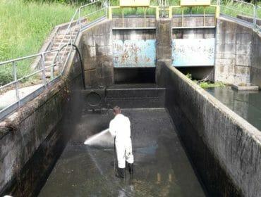 pulizia fossa biologica pozzo nero